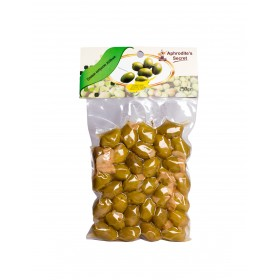 Green Olives with Garlic (250gr)